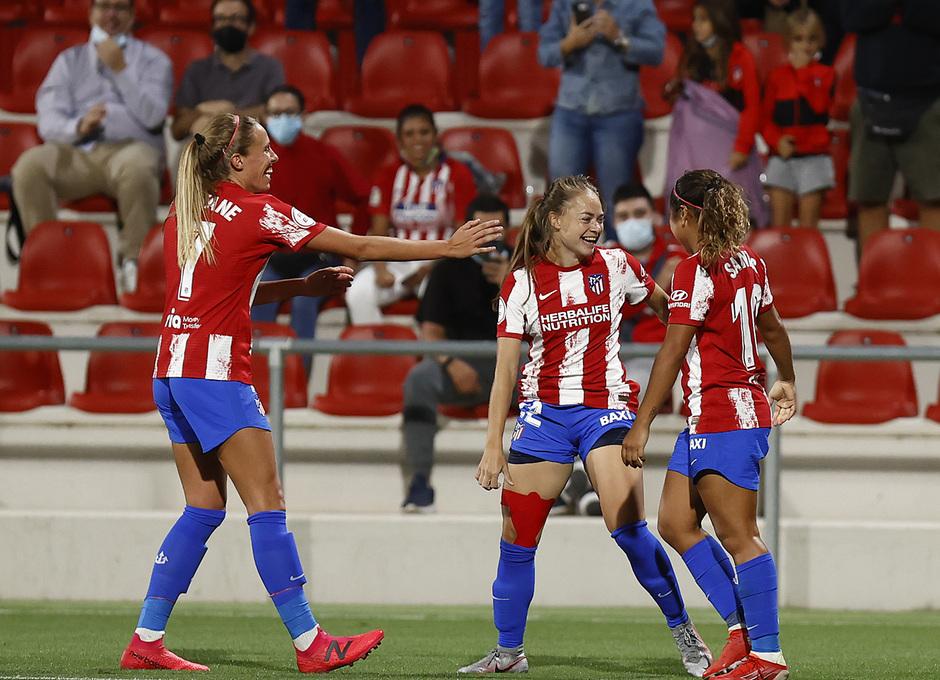 Temporada 2021/22 | Atlético de Madrid Femenino-Alavés | Banini celebración
