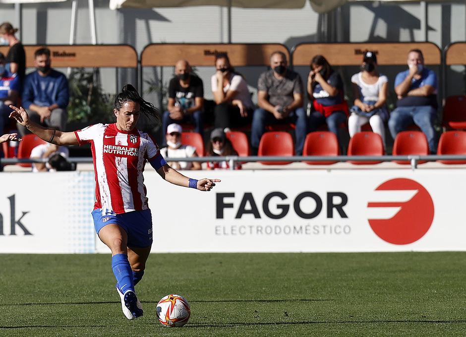 Temporada 21-22 | Atleti Femenino-Barcelona | Merel Van dongen