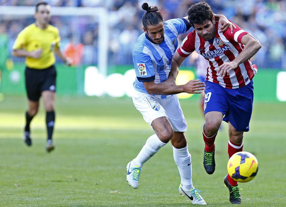 Temporada 13/14 Liga BBVA Málaga - Atlético de Madrid. Diego Costa se marcha con potencia.