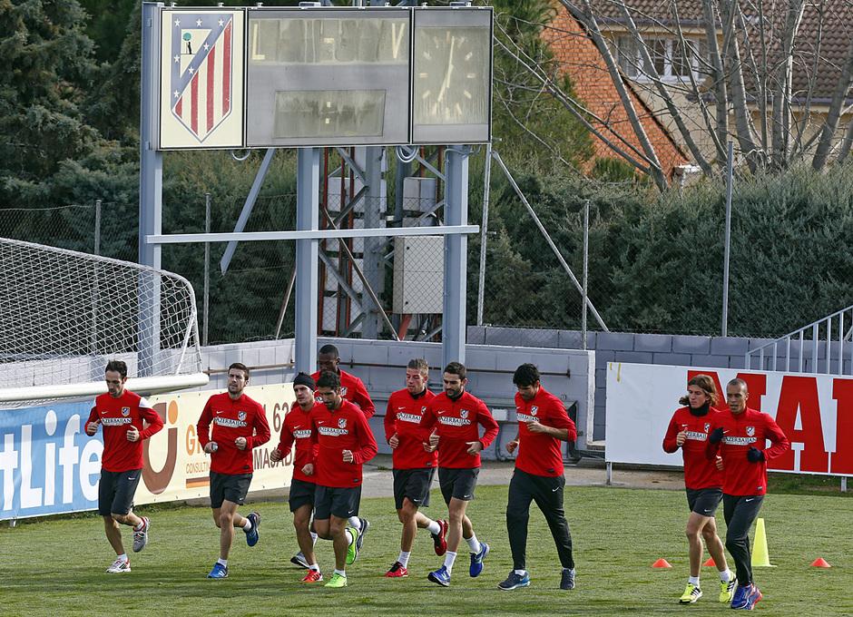 temporada 13/14. Entrenamiento en la Ciudad deportiva de Majadahonda. Titulares corriendo durante el entrenamiento