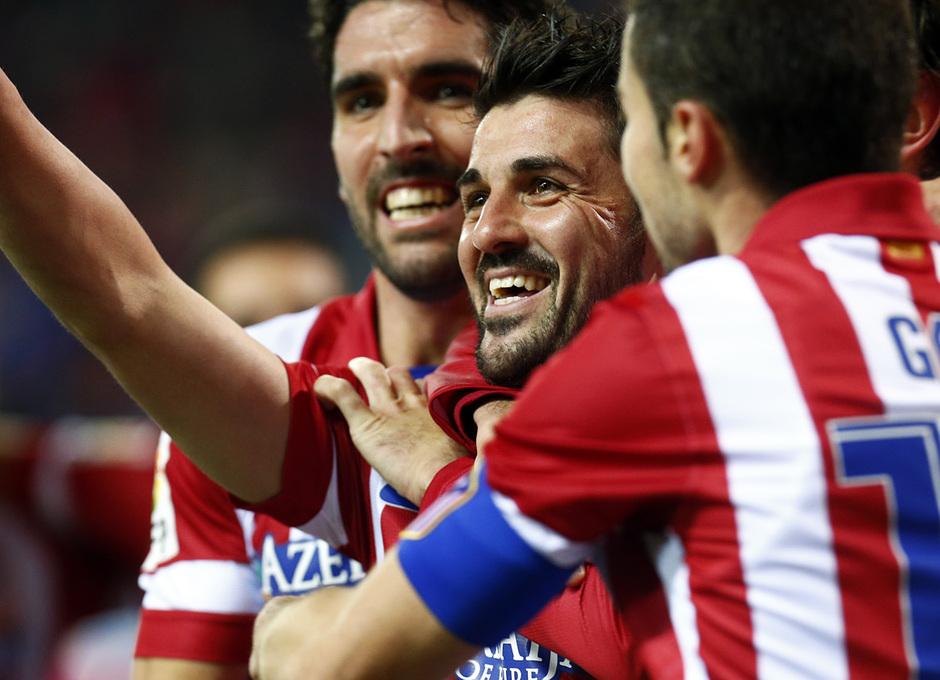 Temporada 13/14 Liga BBVA Atlético de Madrid - Sevilla. Celebración de gol de David Villa.