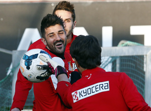 Temporada 13/14. Entrenamiento en la Ciudad Deportiva de Majadahonda. David Villa sonríe en el entrenamiento.