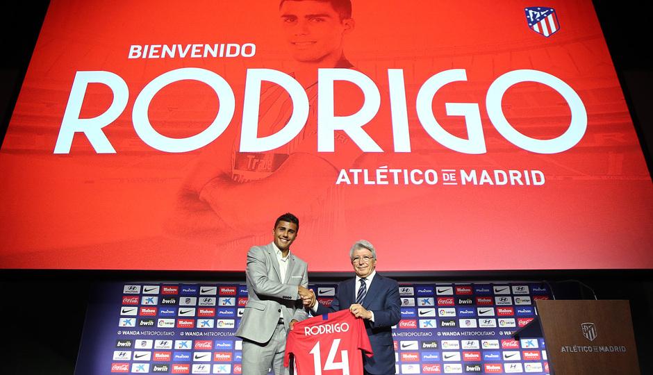 ¡Así vivimos la presentación de Rodrigo en el auditorio del Wanda Metropolitano!