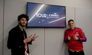 Arias and Sebastián Yatra do the Wanda Metropolitano Tour