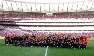 Los equipos campeones de la Academia fueron homenajeados en el Wanda Metropolitano