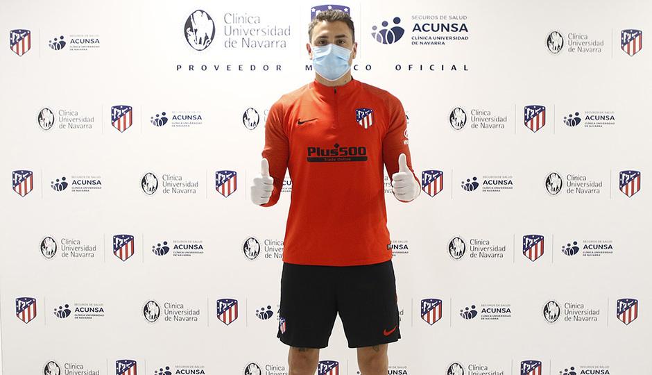 Nuestros jugadores continúan pasando reconocimientos médicos en la Clínica Universidad de Navarra