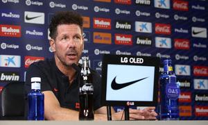 """Simeone: """"Buscamos mejorar, entrenar y estar preparados para jugar ante un rival que juega muy bien al fútbol"""""""