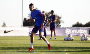 """Mario Hermoso: """"Tenemos un mes para prepararnos y llegar en las mejores condiciones"""""""
