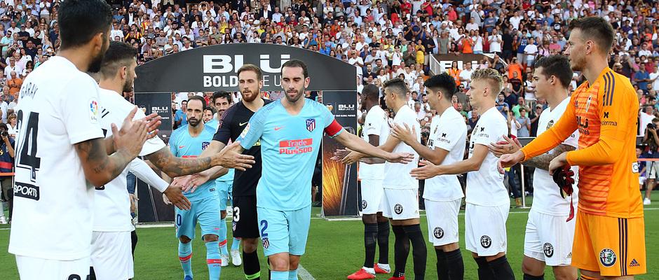 bdba7951ed En virtud de nuestra condición de súper campeones de Europa, el Valencia CF  nos honró en el primer partido de LaLiga 2018/19 recibiéndonos con un  deportivo ...