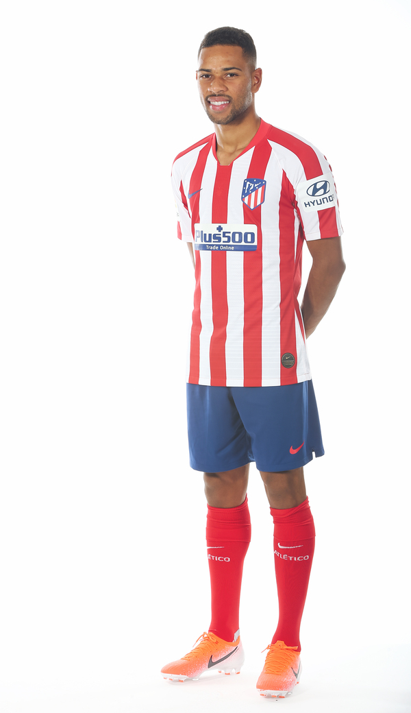 Atlético como Club Lodi ya de rojiblanco Madrid posa rxtdCshQ
