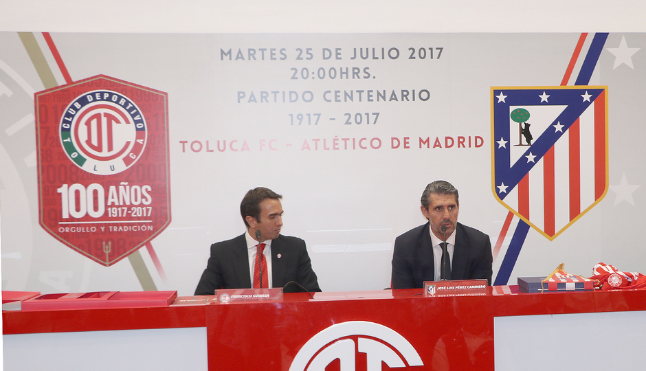 Club atl tico de madrid las im genes de la presentaci n for Club intercambio madrid