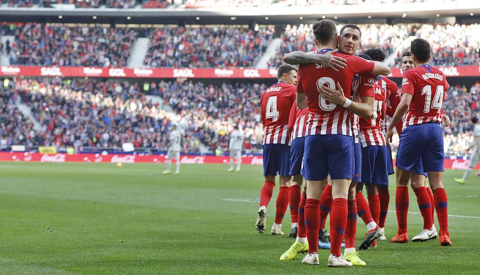 Los jugadores del Atlético festejan un gol de Saúl (Foto: ATM).