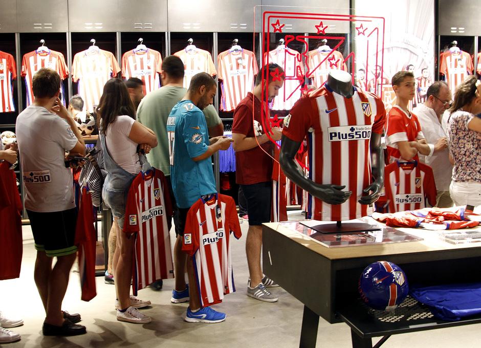 Club Atlético de Madrid - Los primeros afortunados ya disfrutan de ... f2bb261130271