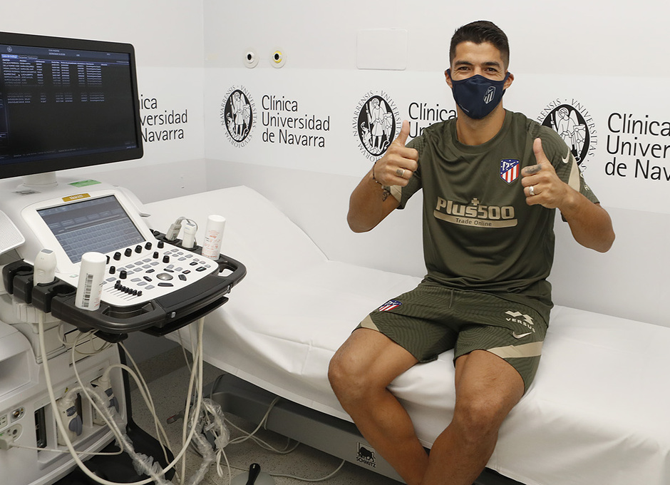 2020/21 season    Welcome Luis Suárez    Medical examination
