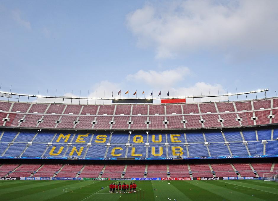 Club Atlético de Madrid - El equipo respira Champions en el Camp Nou