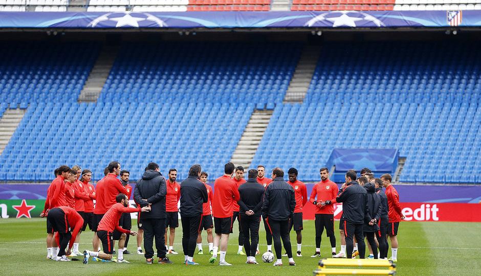 d552d6f47 Club Atlético de Madrid · Web oficial - This was our last training ...